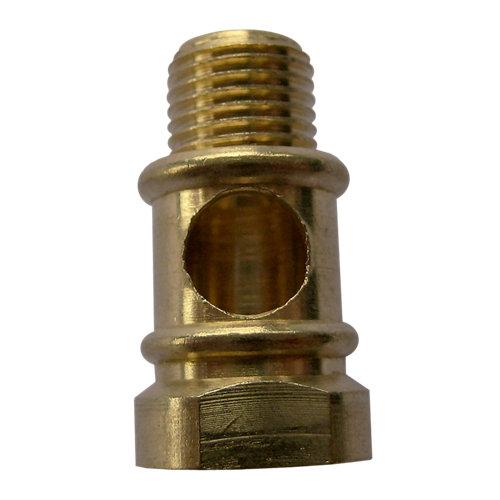 Racor de latón con agujero de paso