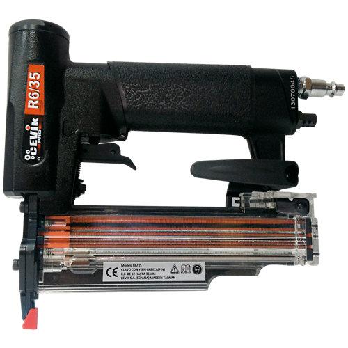 Clavadora neumática cevik r6/35 con presión máxima de 7 bares