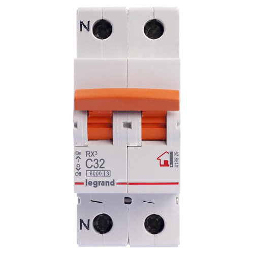 Interruptor magnetotérmico unipolar + neutro legrand de 32a con 2 módulos