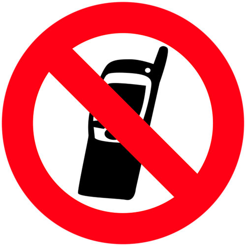 Cartel pvc prohibido uso móvil 15x15cm