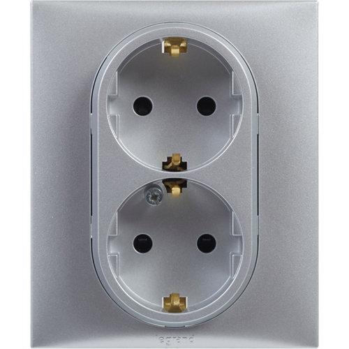 Enchufe doble legrand niloé step aluminio