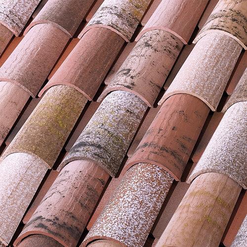 Palet 225 tejas cerámicas marrón tierra de 21x50 cm