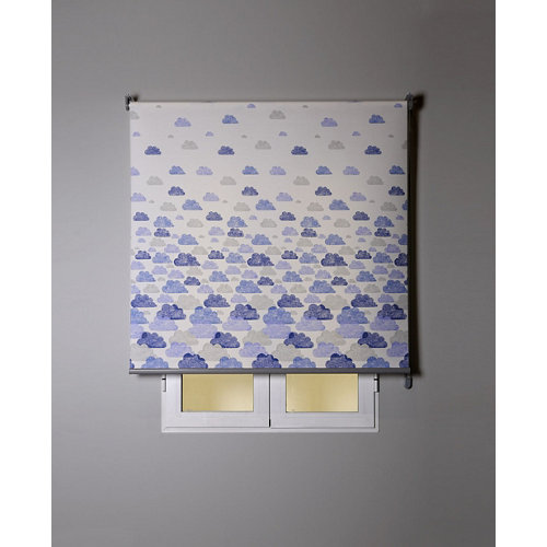 Estor enrollable nubes azul 135x250cm