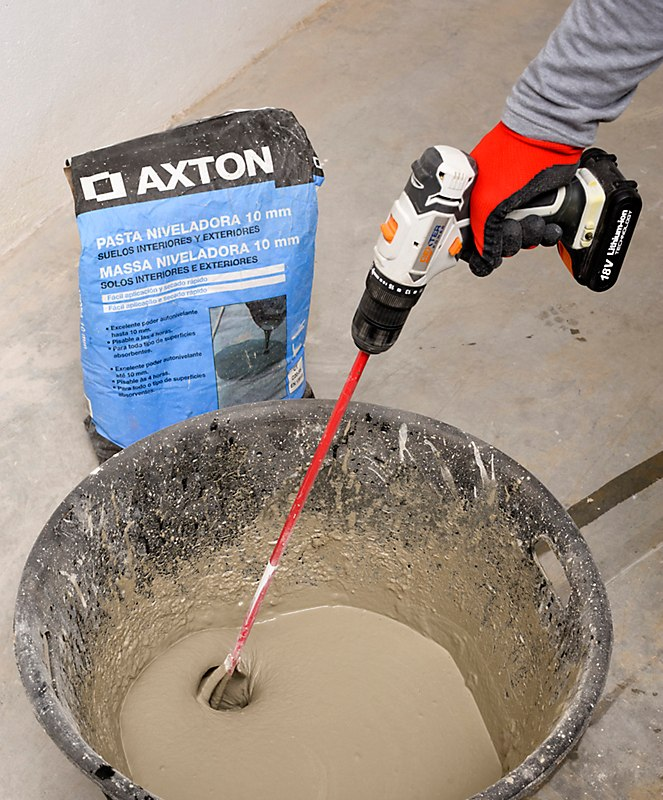 How to apply leveling paste