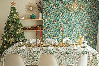 Cómo decorar la mesa de Navidad · LEROY MERLIN